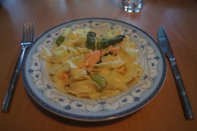 Pâtes saumon asperges