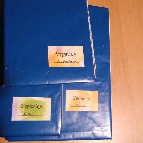 Capucine étiquettes scolaires papier marbré mousse à raser