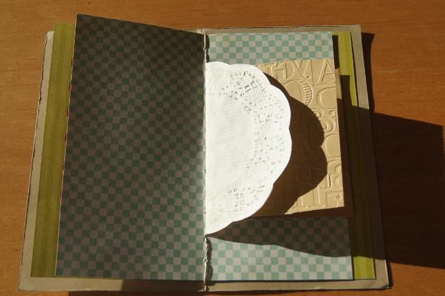 Bourgeon créatif Mail art postal fafa minialbum4