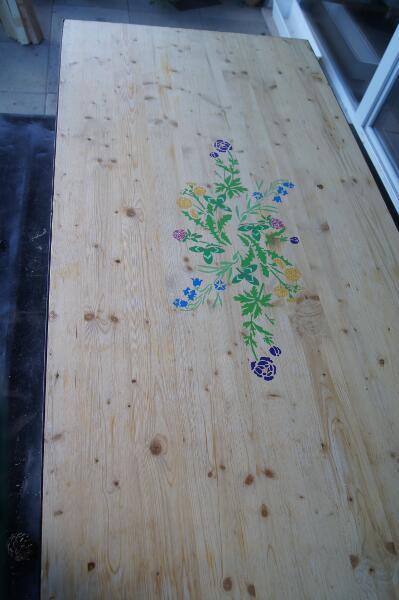 Plateau de table peint bourgeon créatif