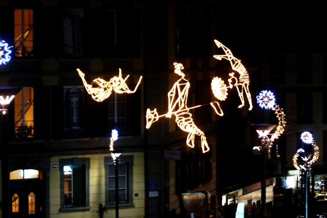 02Les-Funambules2_Rue-du-Petit-Chêne_Festival-Lausanne-lumières_Bourgeon-créatif