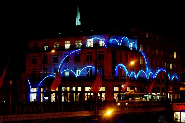 03Comète_Portes-Saint-François_Festival-Lausanne-lumières_Bourgeon-créatif