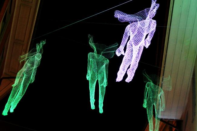 10Orage-magnétique_Place-de-la-Palud_Festival-Lausanne-lumières_Bourgeon-créatif