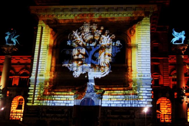 Illuminations-SiL1_Palais-de-Rumine_Festival-Lausanne-lumières_Bourgeon-créatif